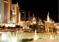 $20+: Las Vegas Hotel & Casino, Save 40%