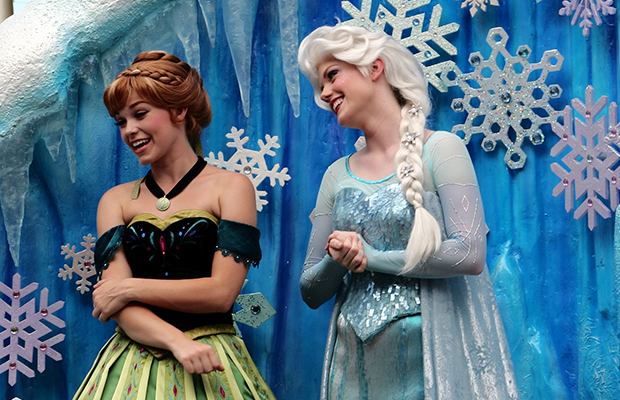 """Cruise Tracker: Free WiFi, """"Frozen"""" Fun, Waived Fees, and More"""