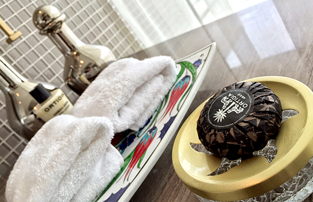 8 Things to Do with All the Hotel Toiletries You've Hoarded