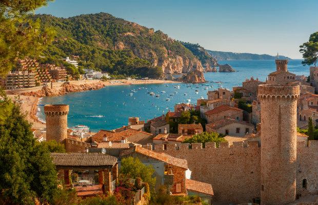 Costa Brava: Wine, Dine, and a Gorgeous Coastline