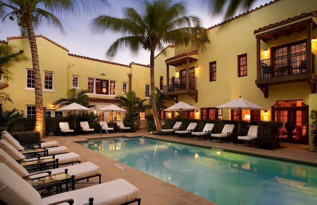 Smart Stay: The Brazilian Court, Palm Beach
