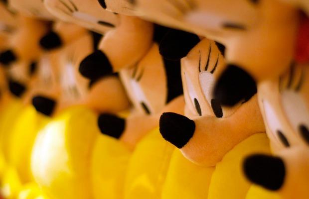 10 Free Souvenirs to Snap Up at Walt Disney World