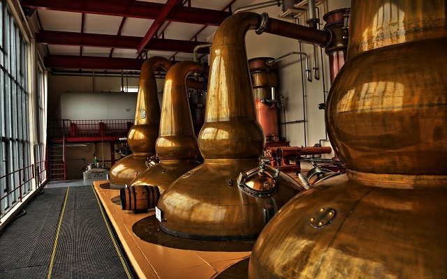 10 Lesser-Known But Very Tasty Micro-Distillery Tours