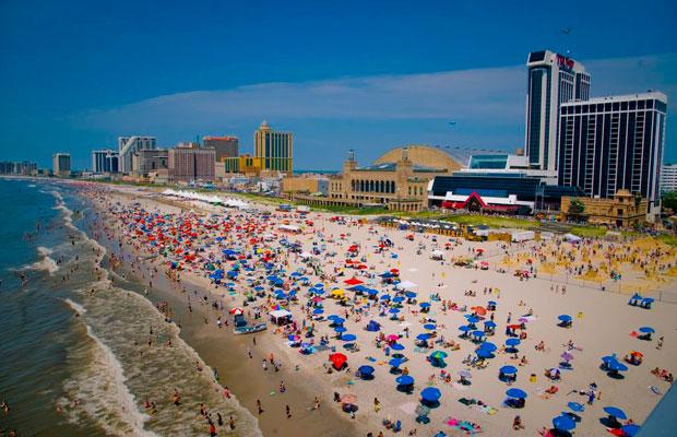 Food and Fun, Not Gambling, Makes Atlantic City A Shore Thing