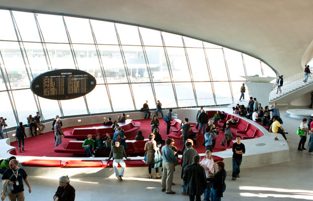 9 Ways to Have the Perfect Airport Experience
