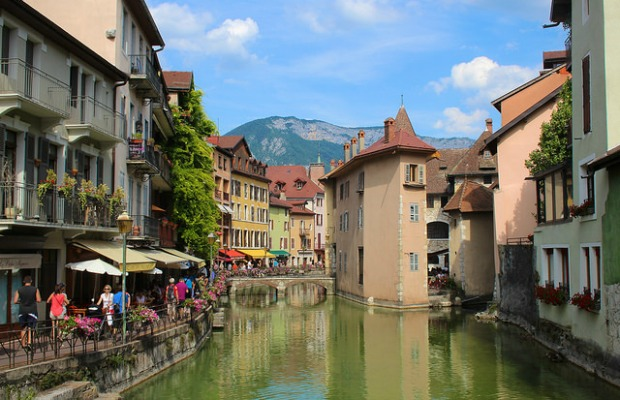 A Day Trip to Annecy, France