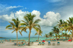 9-Nt Bahamas Winter Cruise w/Up to $75 Credit from $549