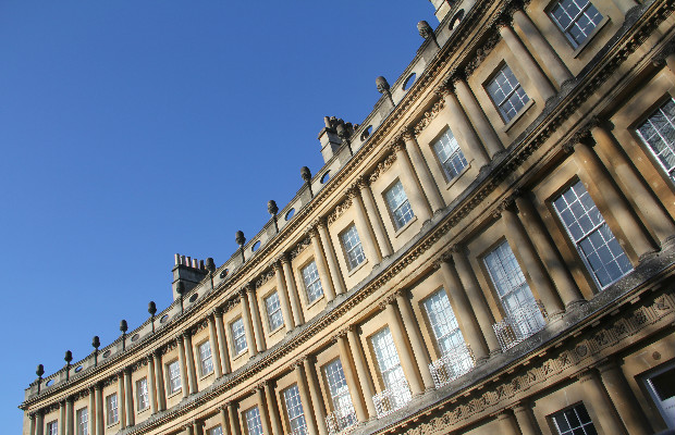 How to Experience the Healing Waters of Bath, for Every Budget