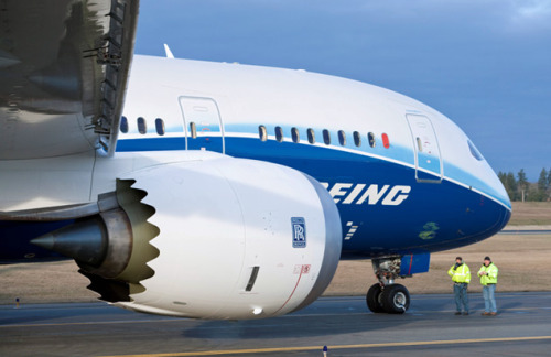 LAN Airlines Set to Fly Boeing 787 Dreamliner Early Next Year