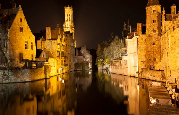 It's Not a Contradiction in Terms: Bruges on a Budget