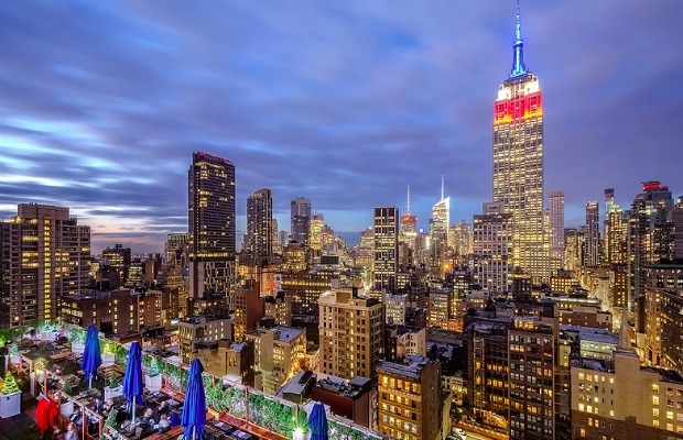 6 Affordable Rooftop Bars in New York