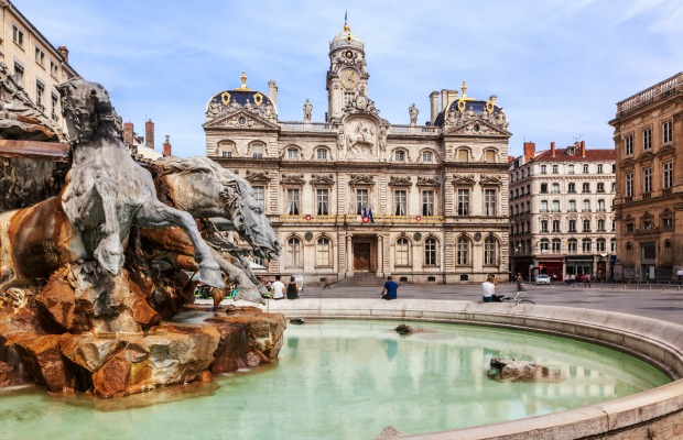 5 Popular French Cities Where You Can Save