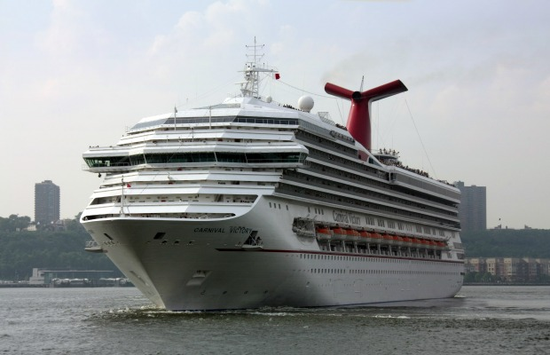 After Drowning, Cruise Lines Mum on Reasons for No-Lifeguard Policy