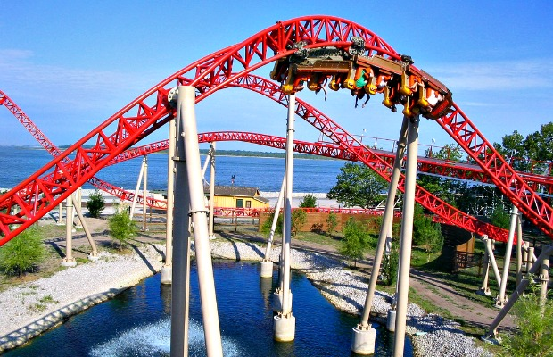 Which Theme Park Should You Visit This Summer?