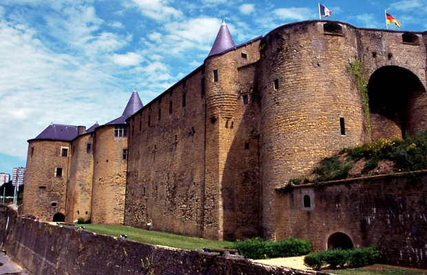 Tents, Castles, Houseboats & More: Stay in France for Under $150