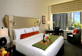 $96+: Chicago: 4-Star Boutique Hotel near Mag. Mile, 25% Off
