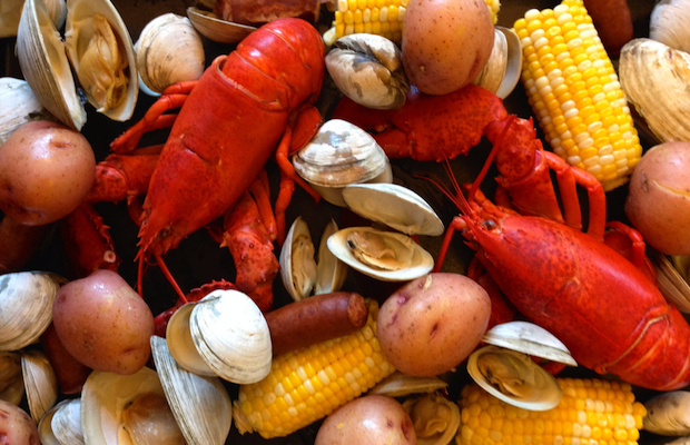 How to: Experience a New England-Style Clambake
