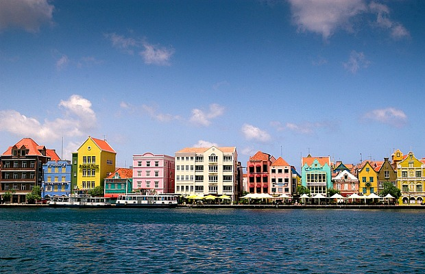 JetBlue Heads to Curacao: Shorter Travel Time, Lower Fares
