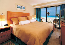 $299+: 6-Nt Cancun Trip w/Air, 4-Star Hotel & Kids Stay Free
