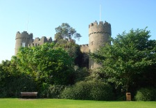 $398+: Aer Lingus Airfare Sale to Ireland in April (R/T)