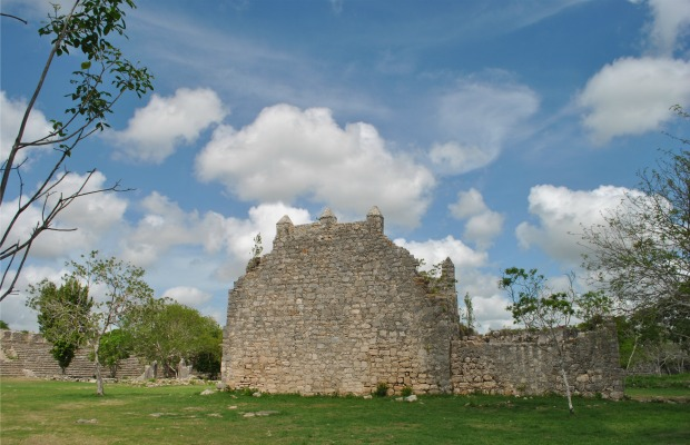 4 Mind-Blowing Ancient Yucatan Ruins Besides Chichen Itza