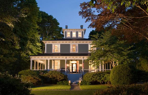 Smart Luxury: Captain's Manor Inn on Cape Cod