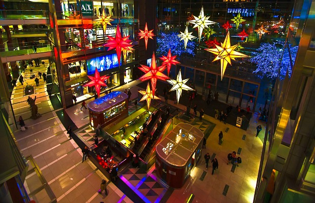 'Tis the Season! 5 Best Malls for Holiday Shopping in the U.S.