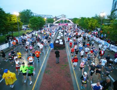 From Flying Pigs to Stadium Finishes, Take Your Pick from Fun Spring Races