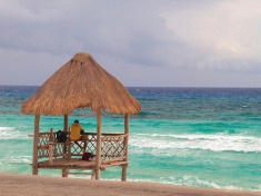 All-Incl. Mexico 3-Nt Girlfriend Getaways w/Spa Treatment from $499