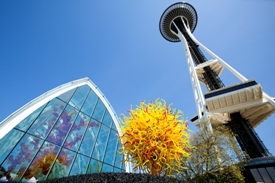 Chihuly Glass Exhibit Opens in Seattle