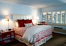 $139: Vermont: 4-Diamond Stowe Resort in Ski Season, 40% Off