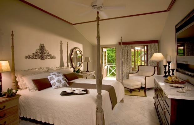 From Budget to Splurge: 3 Ways to Stay in St. Lucia