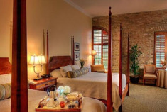 Luxe Charleston 2-Nt Spoleto Festival Deal w/Exclusive