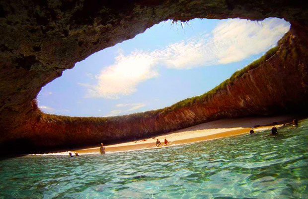 Inspired Travel: The Hidden Beach on the Marieta Islands