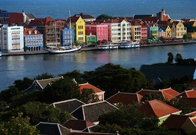Set the Scene for Romance on Affordable Curaçao with up to 40% Off