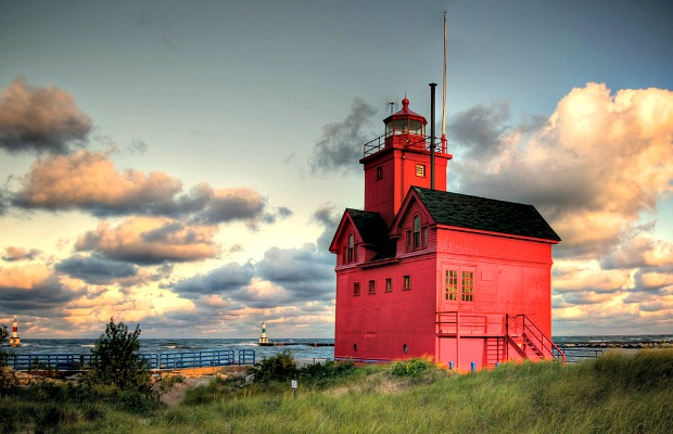 Great Lakes, Great Times: Activities & Excursions for All