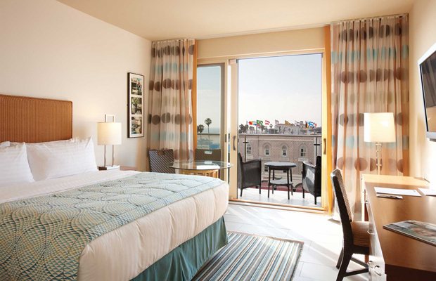 Checking In: Hotel Erwin, An Affordable Alternative to Pricey Santa Monica Digs