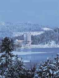 $330+: Save 47% at Luxe Coeur d'Alene Resort in Idaho