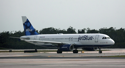 JetBlue Launches One-Day Sale with $10 Fares
