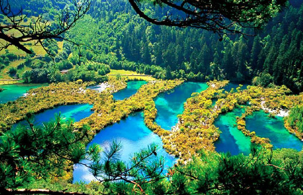 Inspired Travel: Jiuzhai Valley National Park in China