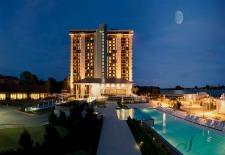 $179+ Texas Lake Resort & Spa Package w/Breakfast & More