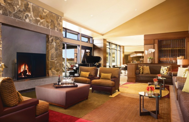 10 Gorgeous Hotel Fireplaces