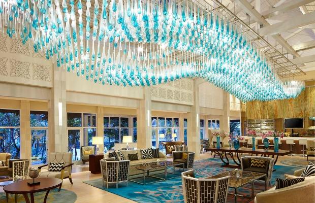 7 Beautiful Hotel Chandeliers