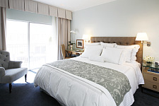 Beverly Hills Hotel $219 w/4th Night Free - ShermansTravel Exclusive