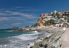 $500+: 4-Night All Incl. Mazatlan Hotel Package w/Air, Upgrade, Taxes & More