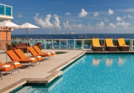 $125+: Miami: 3 Nts at Chic 4-Star Bayfront Hotel, 30% Off