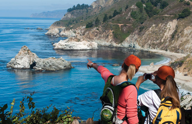5 Summer Etiquette Tips for Travelers Who Love the Outdoors