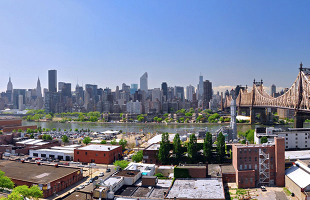 5 Hot Long Island City Hotels: Where You Can See Manhattan for Less