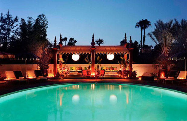 Palm Springs 2 Ways: For High Rollers and Penny Pinchers