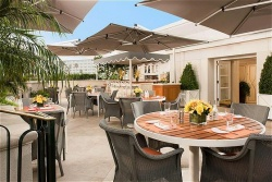Free Breakfast and Free Extra Night at Beverly Hills Hotels